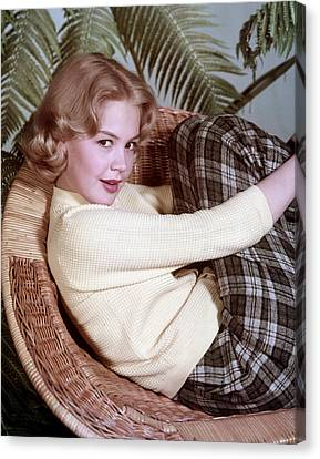 Sandra Dee, C. 1959 Canvas Print by Everett