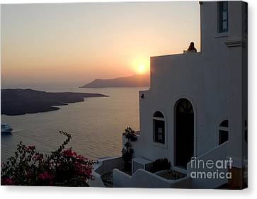Santorini Sunset Canvas Print by Leslie Leda