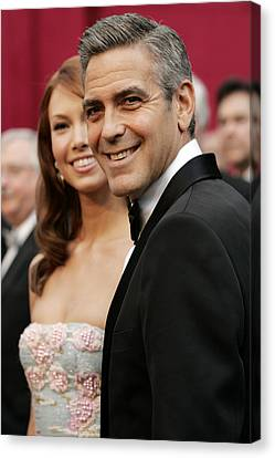 Sarah Larson And George Clooney Canvas Print by Everett