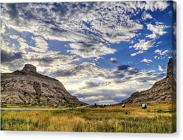 Canvas Print featuring the photograph Scott's Bluff National Monument by Geraldine Alexander