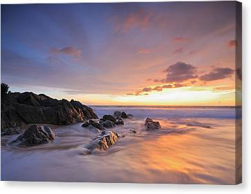 Seascape At Sunset Canvas Print by Teerapat Pattanasoponpong