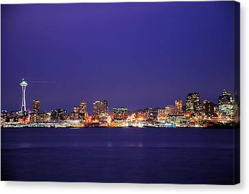 Seattle At Dusk Canvas Print