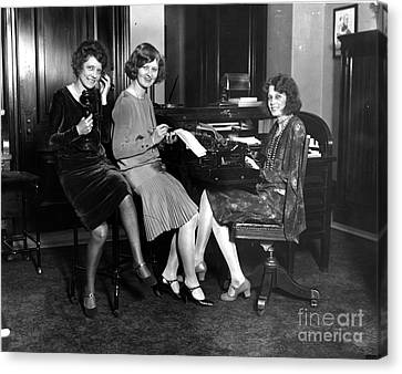 Secretarial Staff Of The Vice President Canvas Print by Photo Researchers