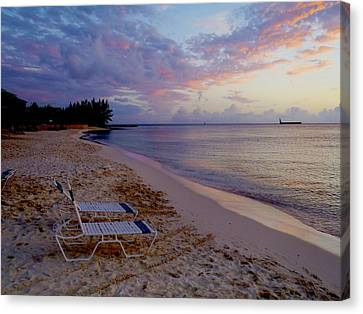 Seven Mile Beach Sunset Canvas Print by Carey Chen