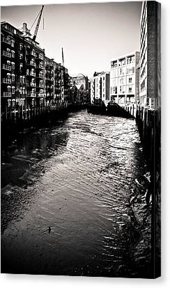 Canvas Print featuring the photograph Shad Thames Wharf by Lenny Carter