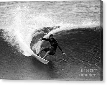 Shane Surf Carving In Black And White Canvas Print by Paul Topp