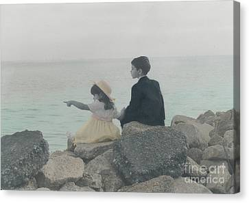 Canvas Print featuring the photograph Sharing by Lori Mellen-Pagliaro