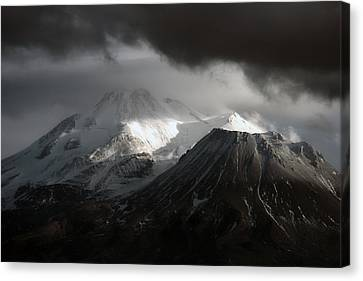 Canvas Print featuring the photograph Shasta Mood by Holly Ethan