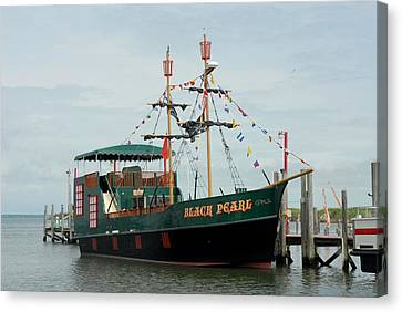 Ship 34 Canvas Print