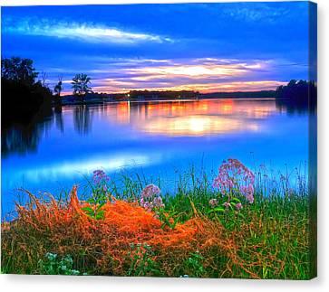 Canvas Print featuring the photograph Shoreline Sundown by Randall Branham