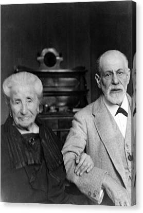 Sigmund Freud 1856-1939 Canvas Print by Everett