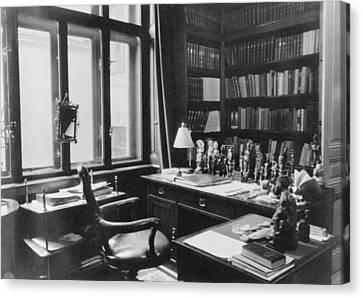 Sigmund Freuds Writing Desk Canvas Print by Everett