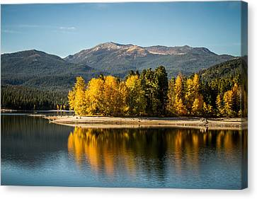 Canvas Print featuring the photograph Siskiyou Lake by Randy Wood
