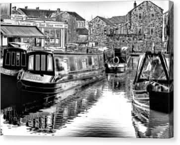 Skipton Canal Basin Canvas Print by Trevor Kersley