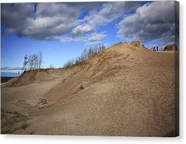 Canvas Print featuring the photograph Sleeping Bear Dunes by Patrice Zinck