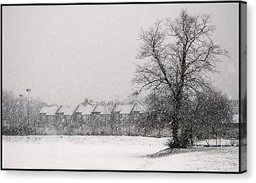 Canvas Print featuring the photograph Snow Scape London Sw by Lenny Carter