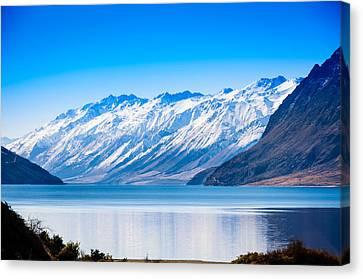 South Island Lake Wanaka New Zealand Canvas Print by John White