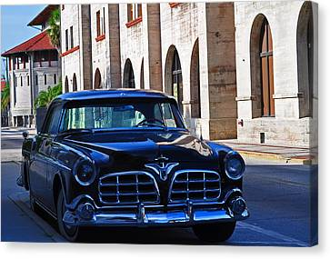 Southern Wheels Canvas Print by Peter  McIntosh