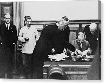 Soviet Foreign Minister Molotov Signs Canvas Print by Everett