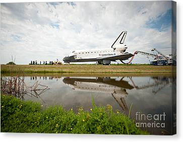 Space Shuttle Atlantis Canvas Print by NASA/Science Source
