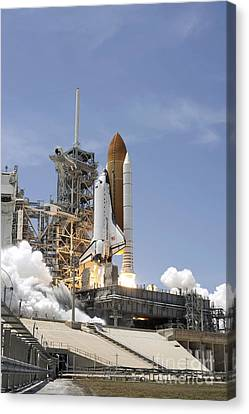 Space Shuttle Atlantis Twin Solid Canvas Print by Stocktrek Images