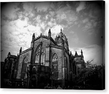 St Giles Cathedral Edinburgh Canvas Print by Ian Kowalski