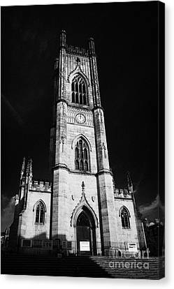 St Lukes Church Known Locally As The Bombed Out Church In Liverpool City Centre Merseyside Canvas Print by Joe Fox
