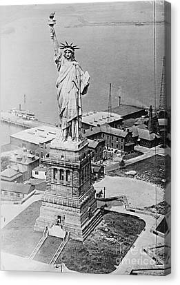 Statue Of Liberty Aerial View 1920 Canvas Print