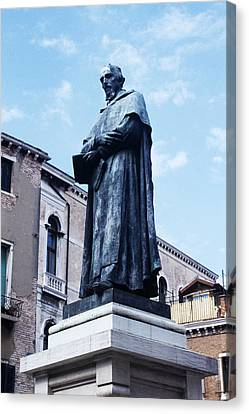 Statue Of Paolo Sarpi, Venetian Scientist Canvas Print