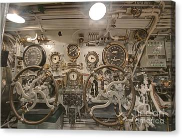 Steering Section On The Uss Bowfin Canvas Print by Rob Tilley