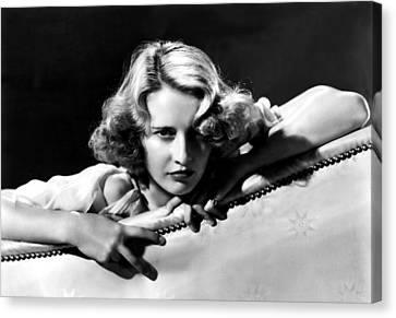 Stella Dallas, Barbara Stanwyck, 1937 Canvas Print by Everett