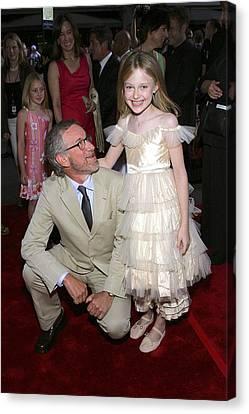 Steven Spielberg, Dakota Fanning Canvas Print