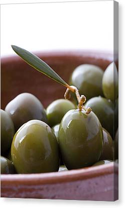 Still Life Of Spanish Campo Real Olives Canvas Print by Frank Tschakert