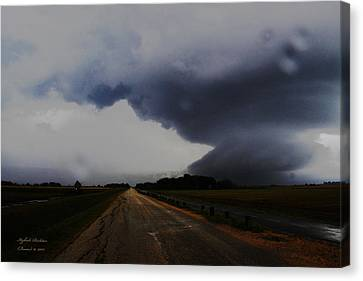 Canvas Print featuring the photograph Storm by Itzhak Richter