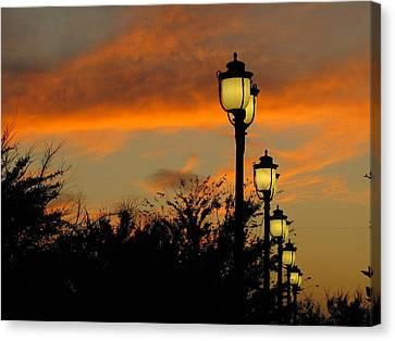 Streetlamp Sunset Canvas Print