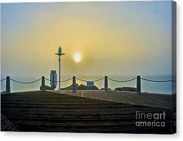 Canvas Print featuring the photograph Sunburst In Fog by Joseph Hollingsworth