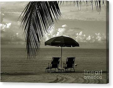 Sunday Morning In Key West Canvas Print by Susanne Van Hulst