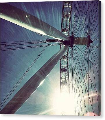 Sunnd Day In London, London Eye Canvas Print by Abdelrahman Alawwad