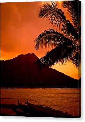 Sunrise At Diamond Head Canvas Print