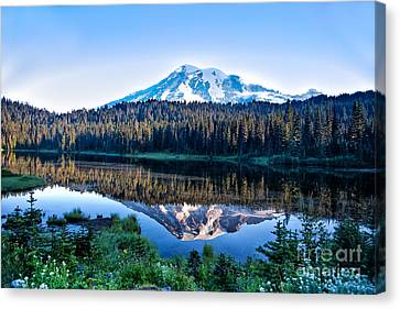 Sunrise At Reflection Lake Canvas Print by Ronald Lutz