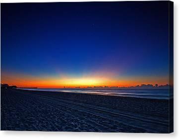 Sunrise At The Beach IIi Canvas Print
