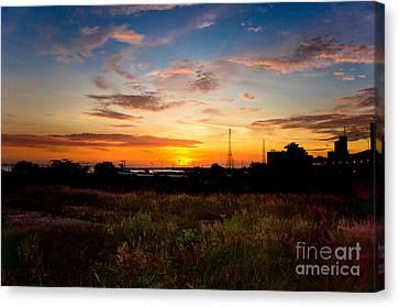 Sunrise Canvas Print by Hector Lozano