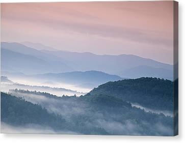 Sunrise In The Smokies Canvas Print by Andrew Soundarajan