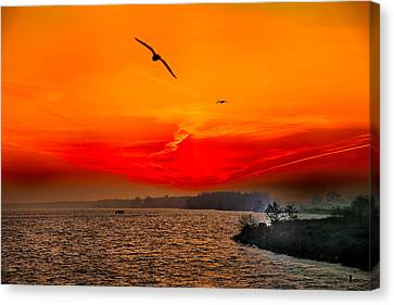Canvas Print featuring the photograph Sunrise Willhelm Stadt by Rick Bragan