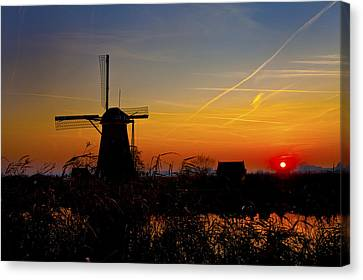 Sunset At Kinderdik Canvas Print