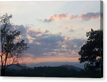 Canvas Print featuring the photograph Sunset At Oak Hill Farm by Elizabeth Coats
