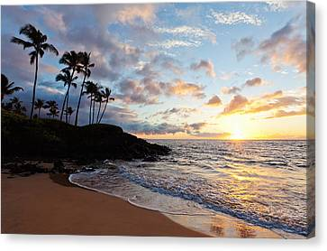 Sunset At Ulua Beach Canvas Print