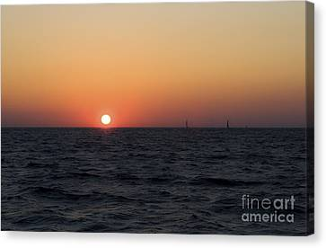 Canvas Print featuring the photograph Sunset by Leslie Leda