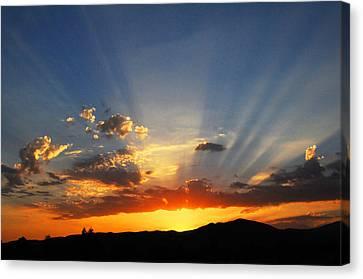 Sunset Sun Rays Canvas Print by Lynn Bauer