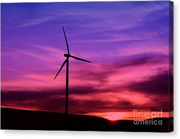 Canvas Print featuring the photograph Sunset Windmill by Alyce Taylor